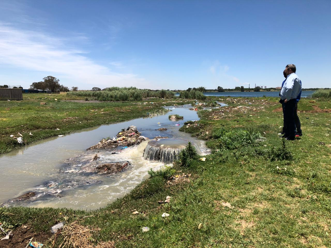Government needs to intervene with municipalities' R25 billion utilities debt