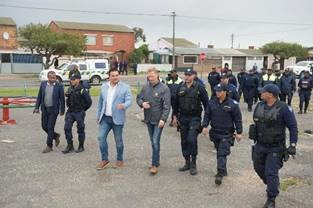 Bonteheuwel Neighbourhood Safety Team hits the streets for a safer Cape Flats