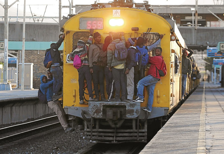 Minister Mbalula confirms that 39% of PRASA   managers' qualifications could not be verified