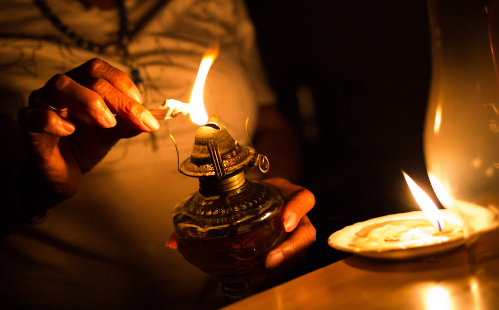 Stage 6 rolling blackouts: President Ramaphosa must cancel international trip and address Parliament on energy crisis