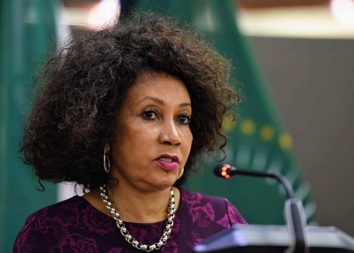 Minister Sisulu tries to cover up appointment of Simelane and Shaik