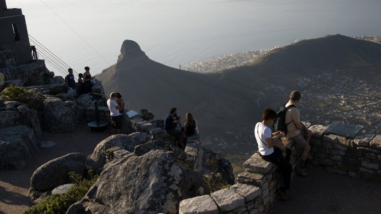 DA opposes race-based criteria for Tourism Support fund
