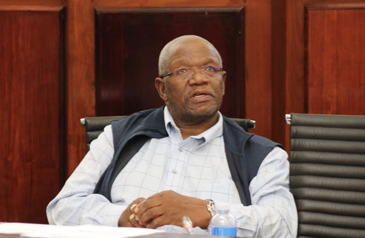 FS Department is as dysfunctional as FS Municipalities