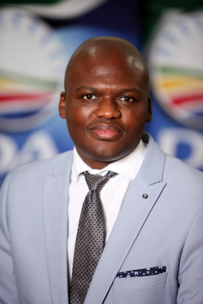 DA calls for more heads to roll after the arrest of an AbaQulusi official who allegedly stole millions of public funds